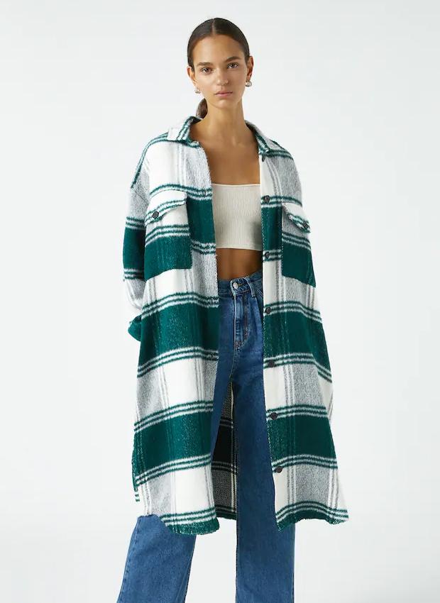 Camisa extra larga de cuadros de las novedades Pull&Bear otoño 2020