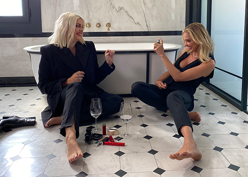 Gigi Vives y Laura Hayden para L'interdit de Givenchy