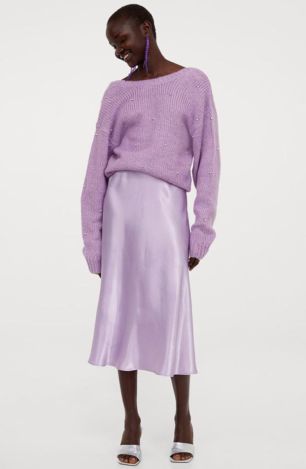 prendas y accesorios que no faltan en el armario de una it girl conjunto lila