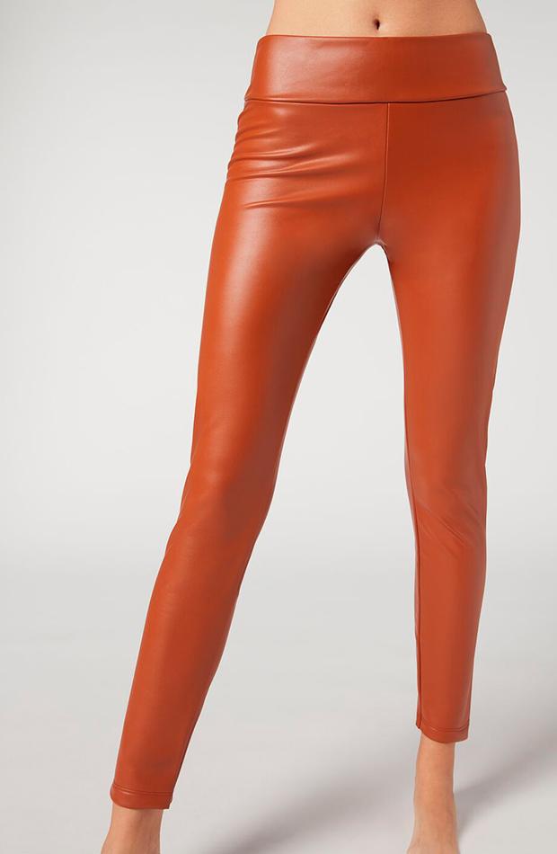 tendencia leggings calzedonia efecto cuero