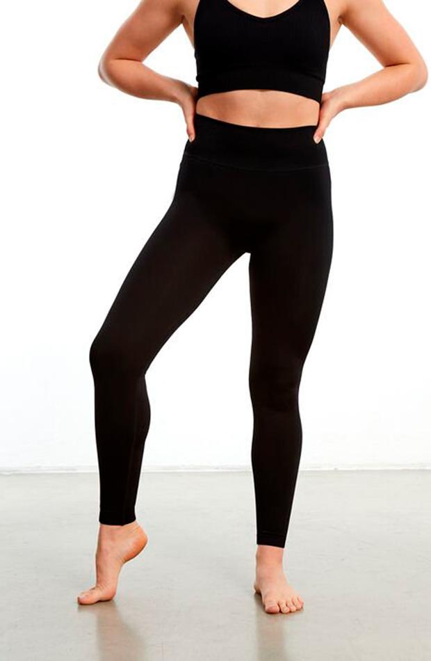 tendencia leggings negros