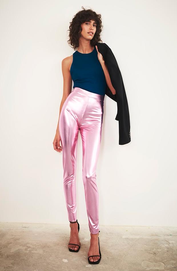 tendencia leggings zara metalico rosa