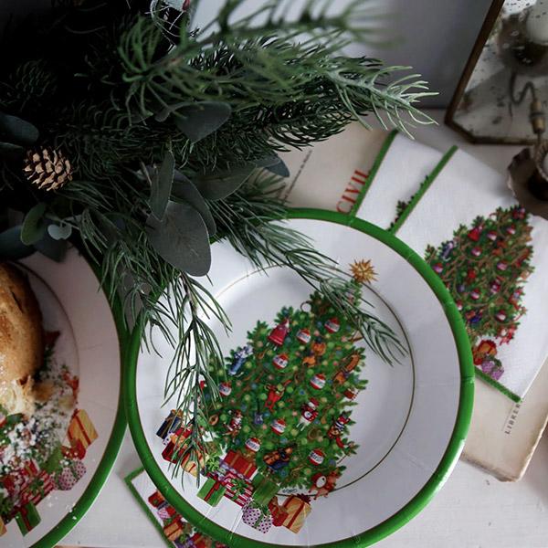 Platos desechables para mesa de navidad