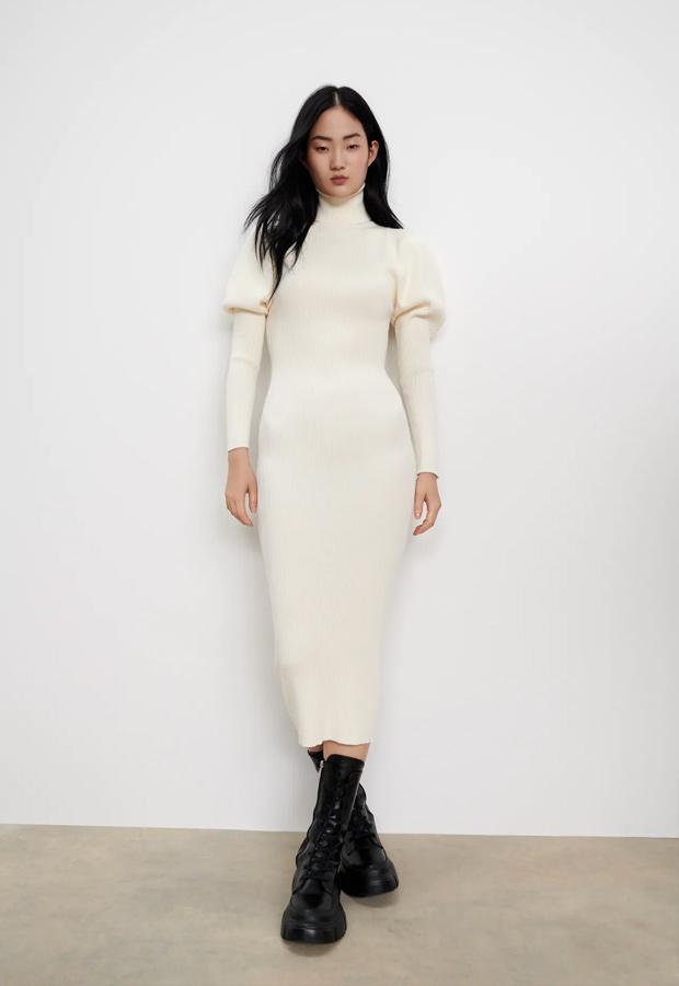 Vestido de punto con mangas abullonadas de Zara