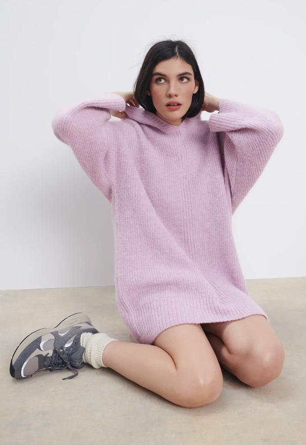 Vestido de punto lila de Zara