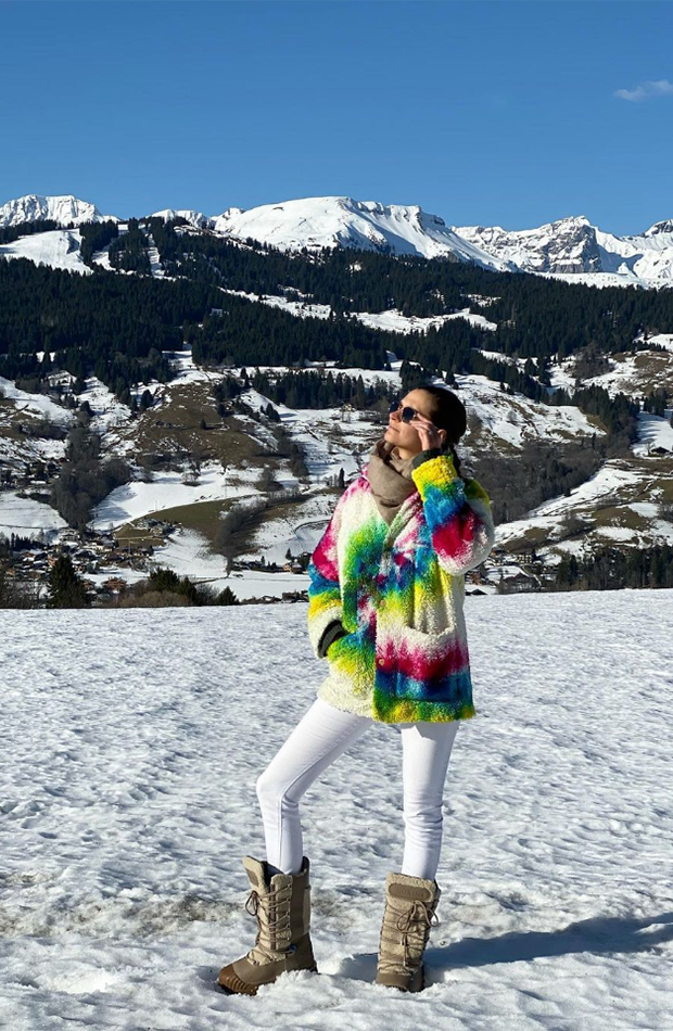 Ludivine Pont Massignan look con botas après ski