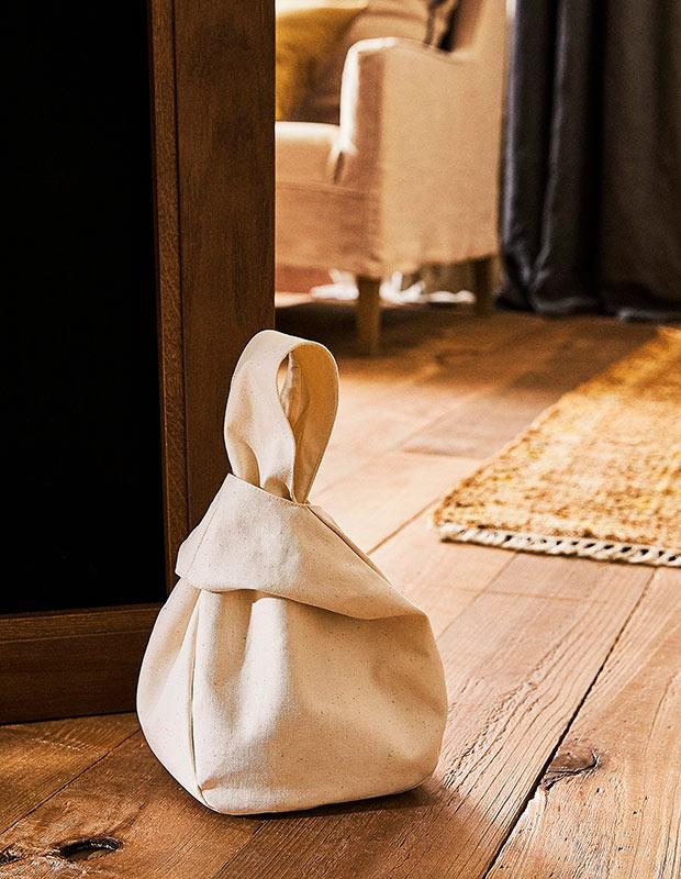 Tope de puerta de las rebajas de Zara Home