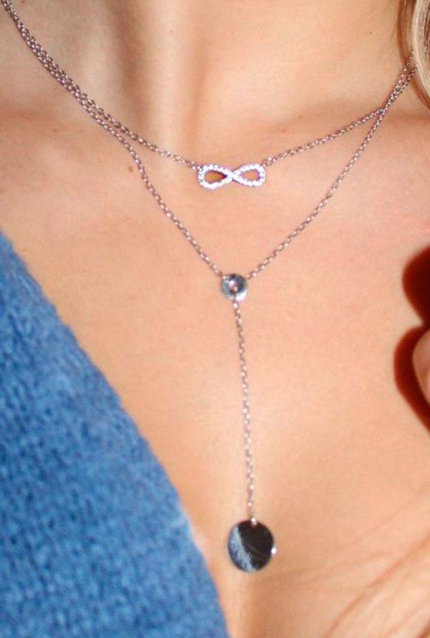 tendencia de joyas: collar de infinito