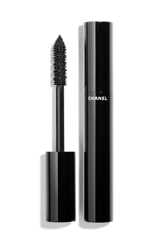 Le volume ultra-noir de Chanel máscaras de pestañas