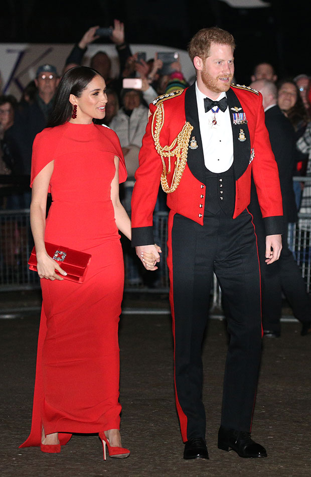 conjunto vestido rojo de Meghan Markle