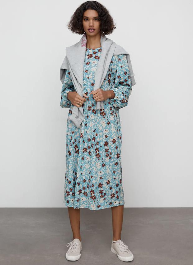Vestido midi de flores de Zara