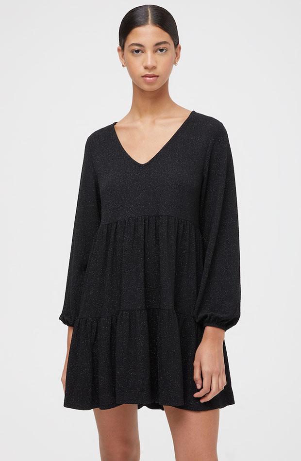 Vestido negro - Pull & Bear prendas que nos favorecen