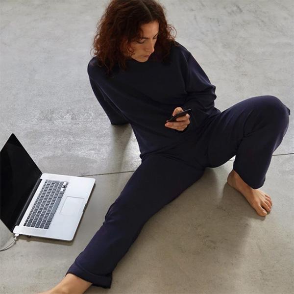Pijama de Mandra Studios