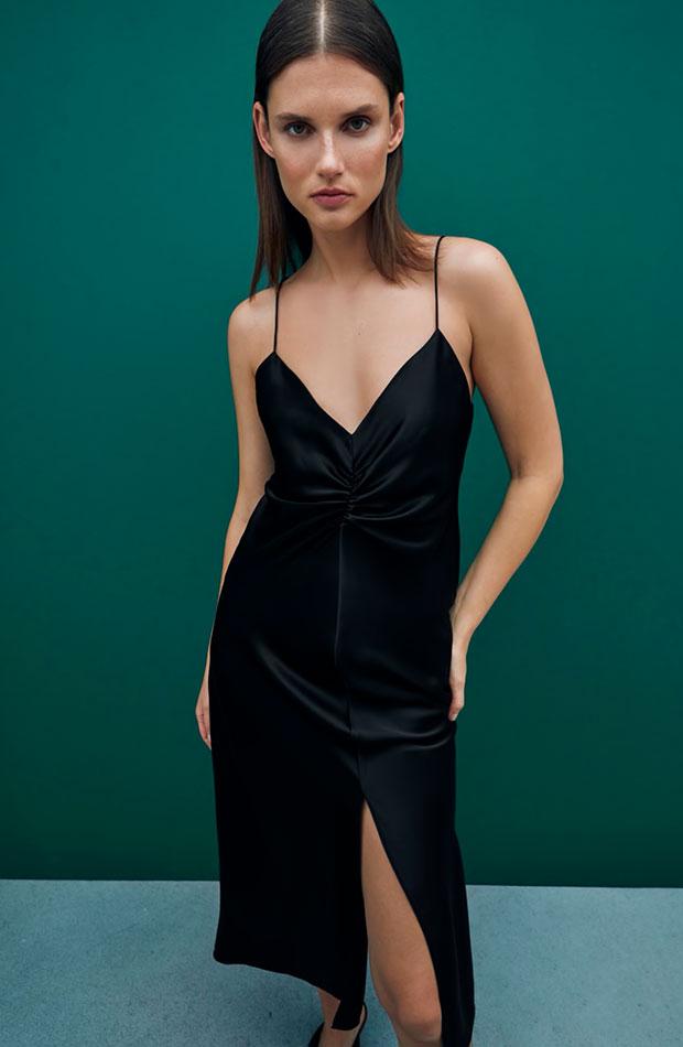 Vestido negro de Zara slip dress
