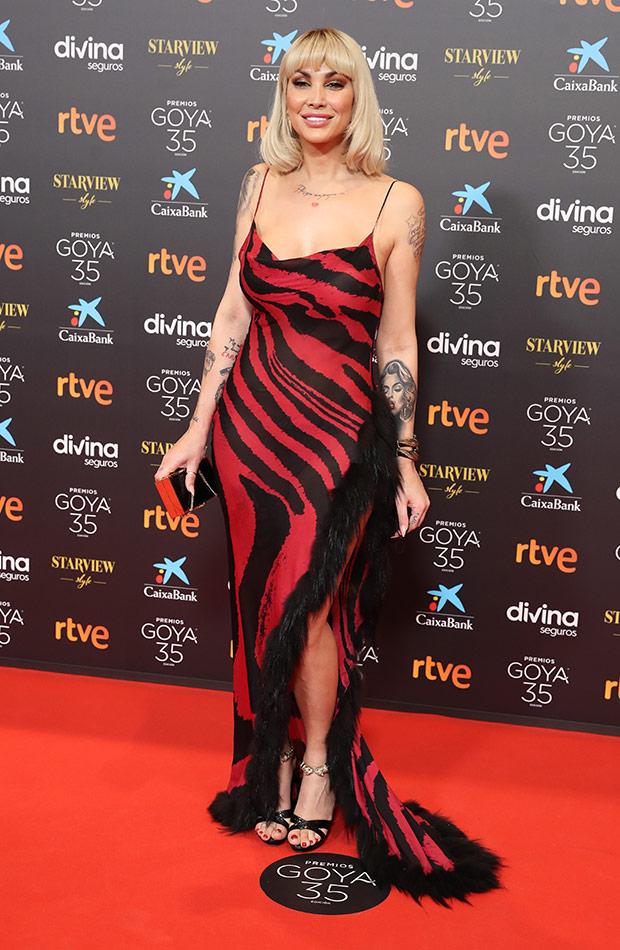 Daniela Santiago en la alfombra roja de los Premios Goya 2021