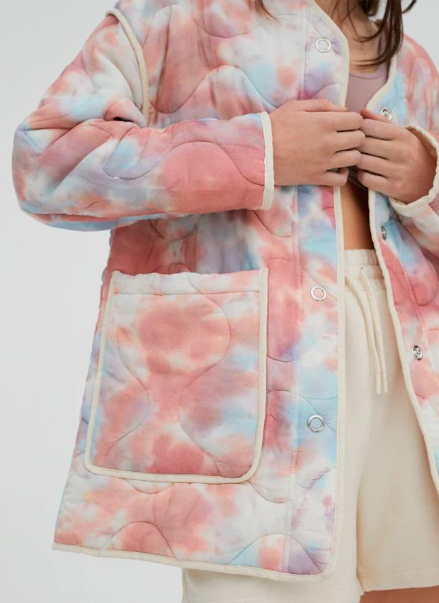 Cazadora acolchada de efecto tie dye