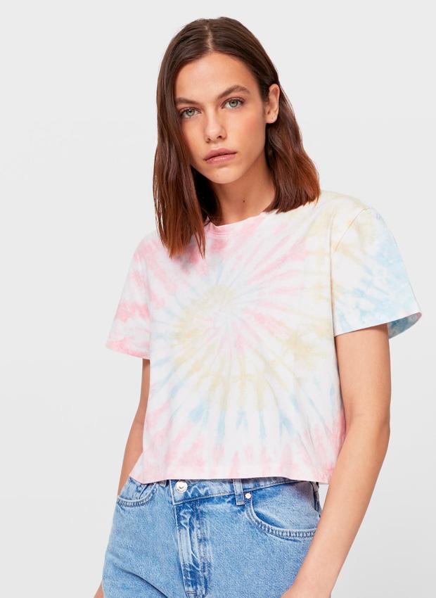 Camiseta corta de efecto tie dye