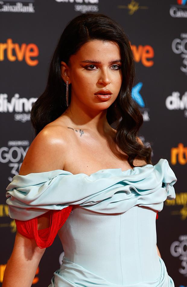 Nathy Peluso looks de belleza de la gala de los Goya 2021