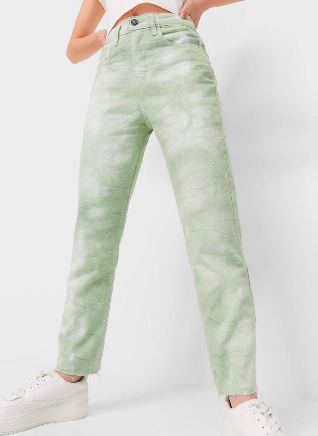 Pantalones mom fit de efecto tie dye