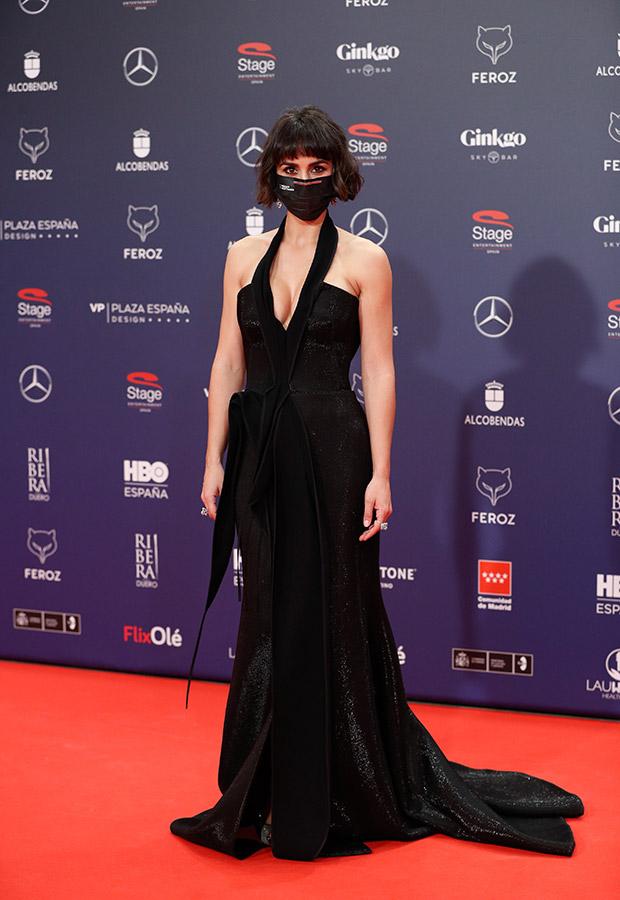 Megan Montaner en la alfombra roja de los Premios Feroz