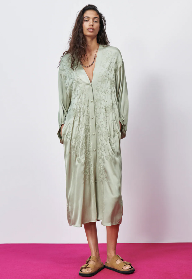Vestido bohemios de Zara verde satinado