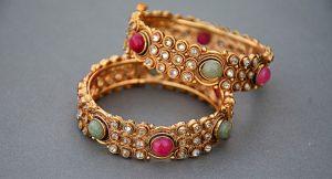Por qué regalar joyas a mamá en su día puede ser la mejor idea