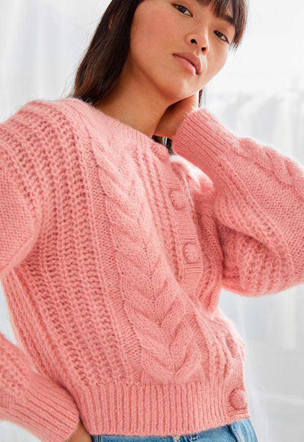Cárdigan corto color rosa