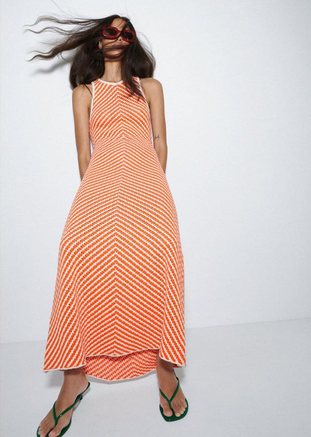 Vestido de rayas naranjas