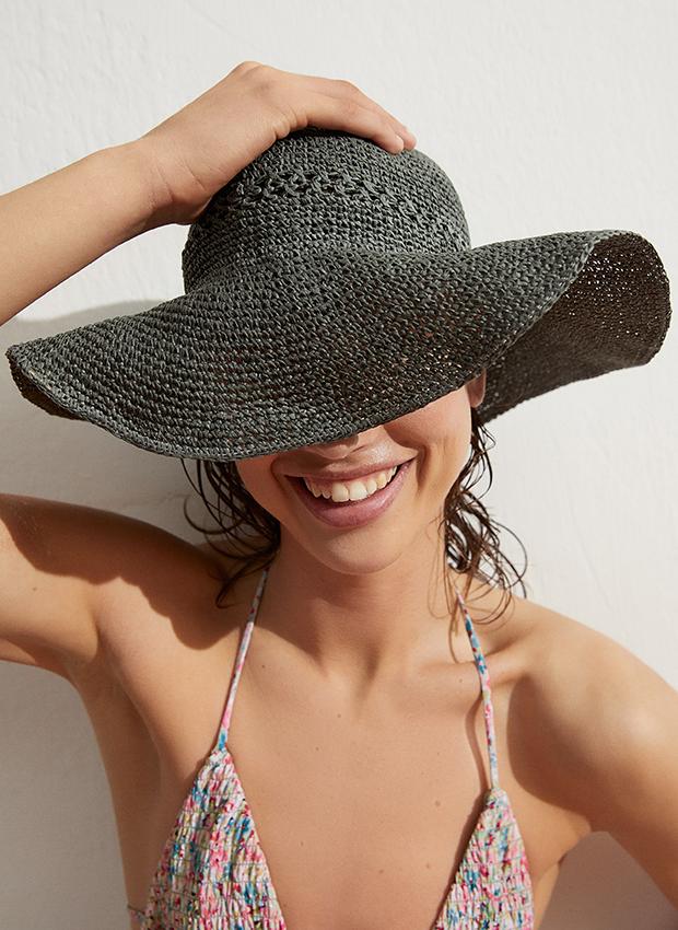 Sombrero de Oysho accesorios de verano