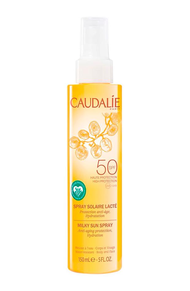 crema de protección solar Essentials Spray Solar Lácteo SPF50 de Caudalie