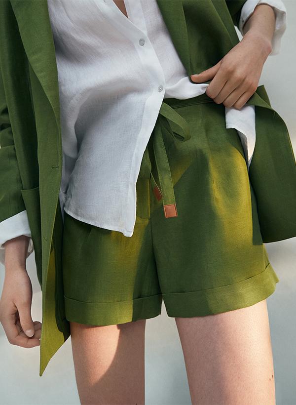Bermudas de lino de lo nuevo de Massimo Dutti de verano