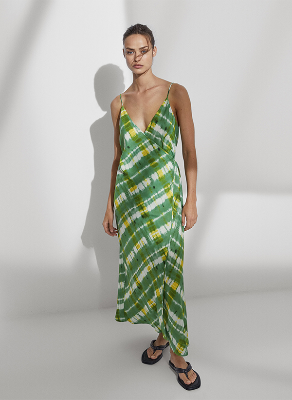 Vestido estampado de lo nuevo de Massimo Dutti de verano