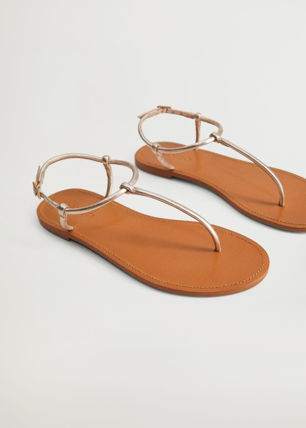 Sandalias de tiras de las rebajas de Mango de verano