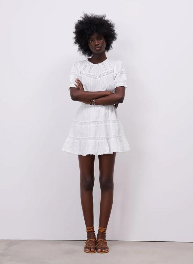 Vestido blanco corto de Zara