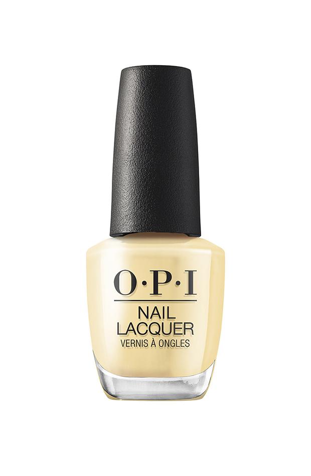 Esmalte de uñas de Opi amarillo pastel manicuras de tendencia