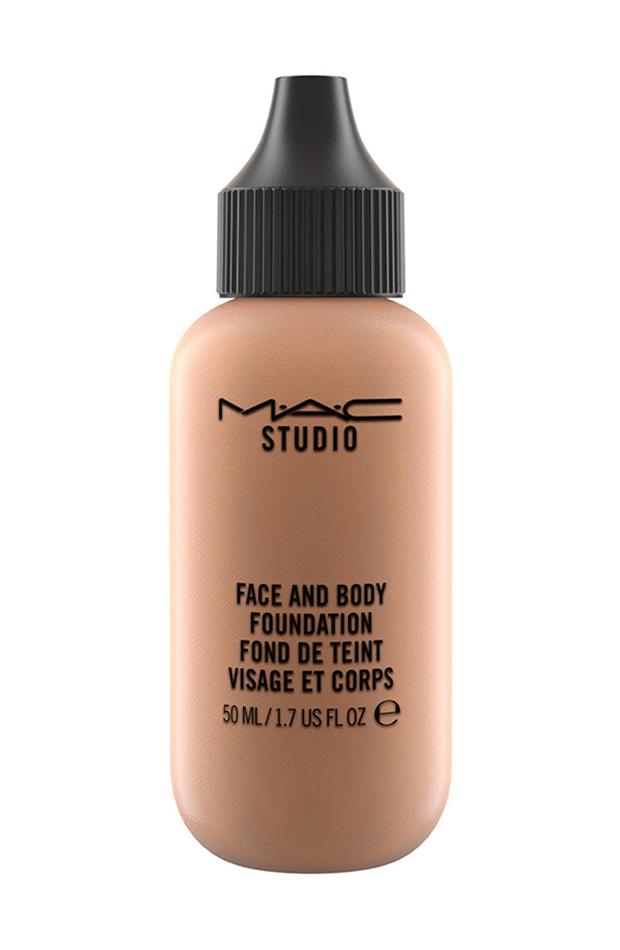 Face and Body Foundation de M.A.C