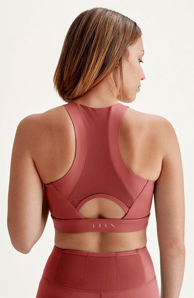 marcas de ropa deportiva Born Living Yoga
