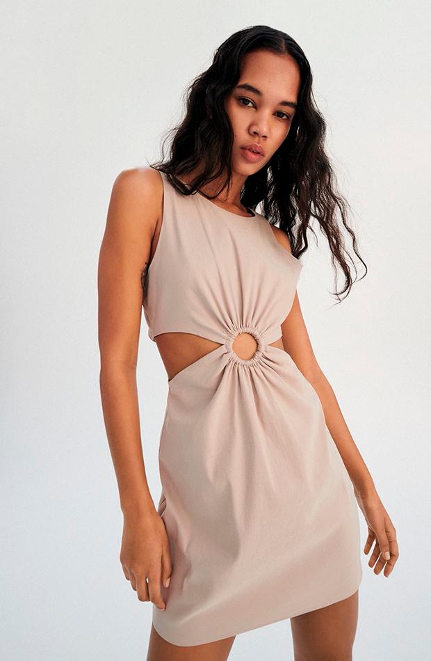 prendas de lino Vestido beige de Zara