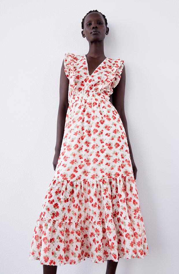 Vestido de flores de Zara tendencia detalle volantes