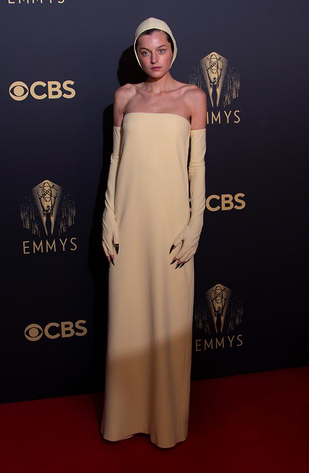 Emmys 2021 Emma Corin