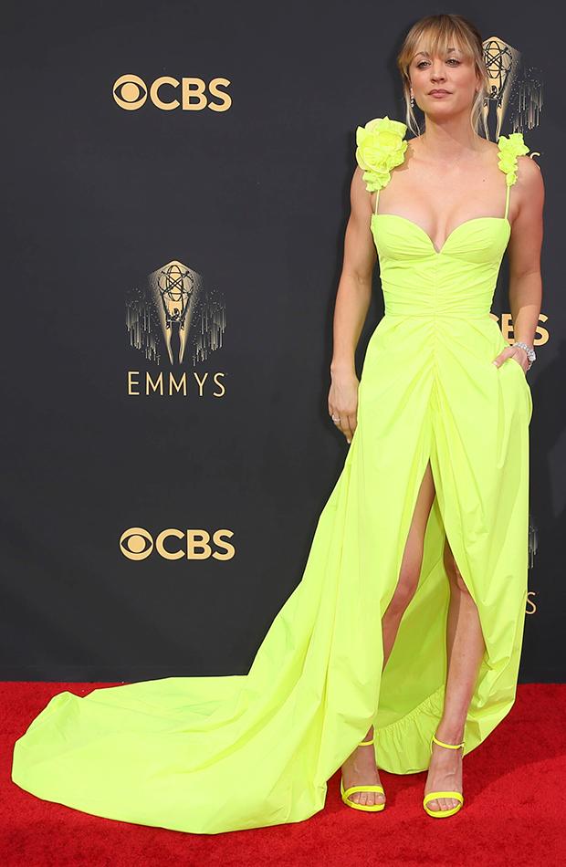 Emmys 2021 Kaley Cuoco