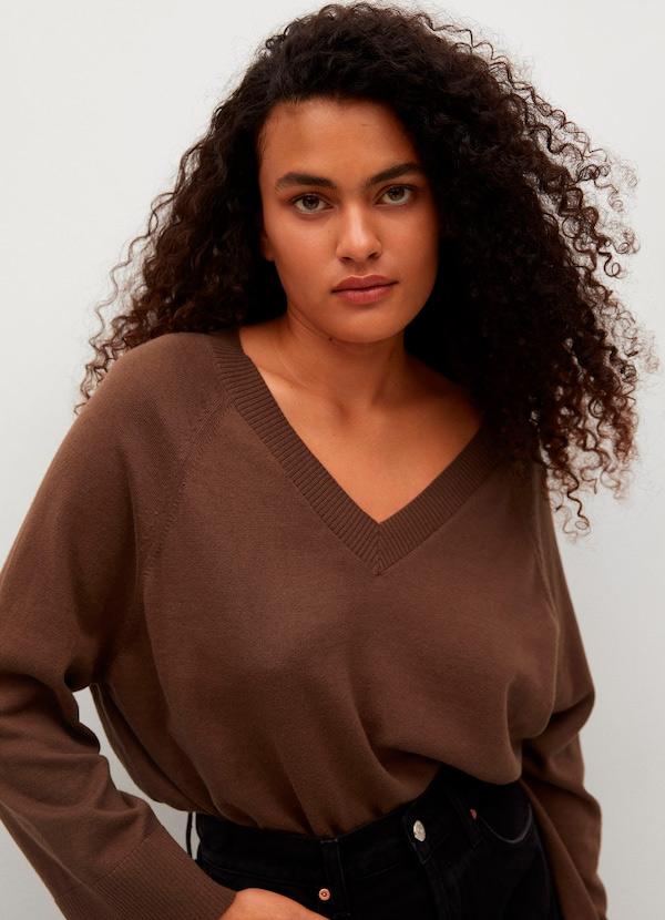 Jersey de pico de color marrón