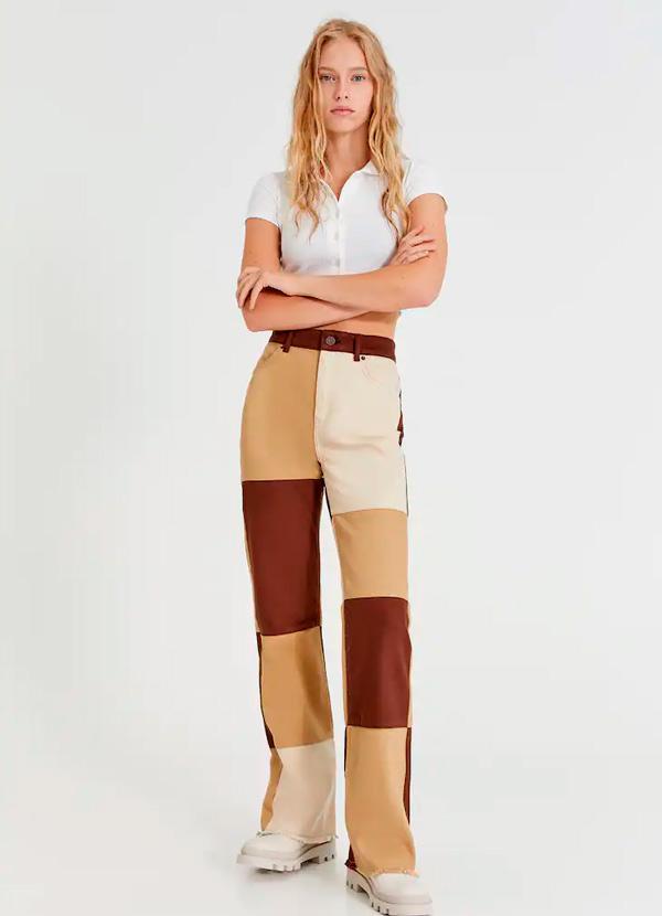 Pantalones patchwork de color marrón