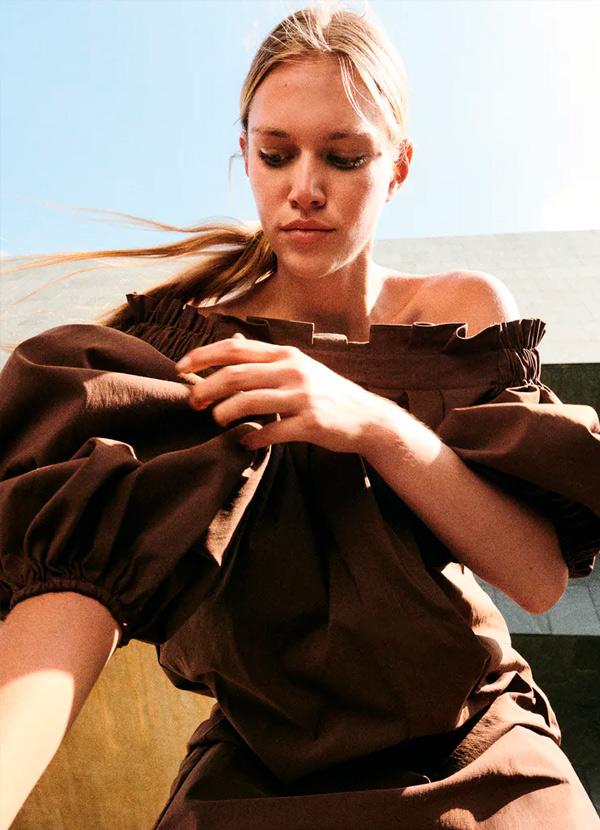 Vestido de color marrón