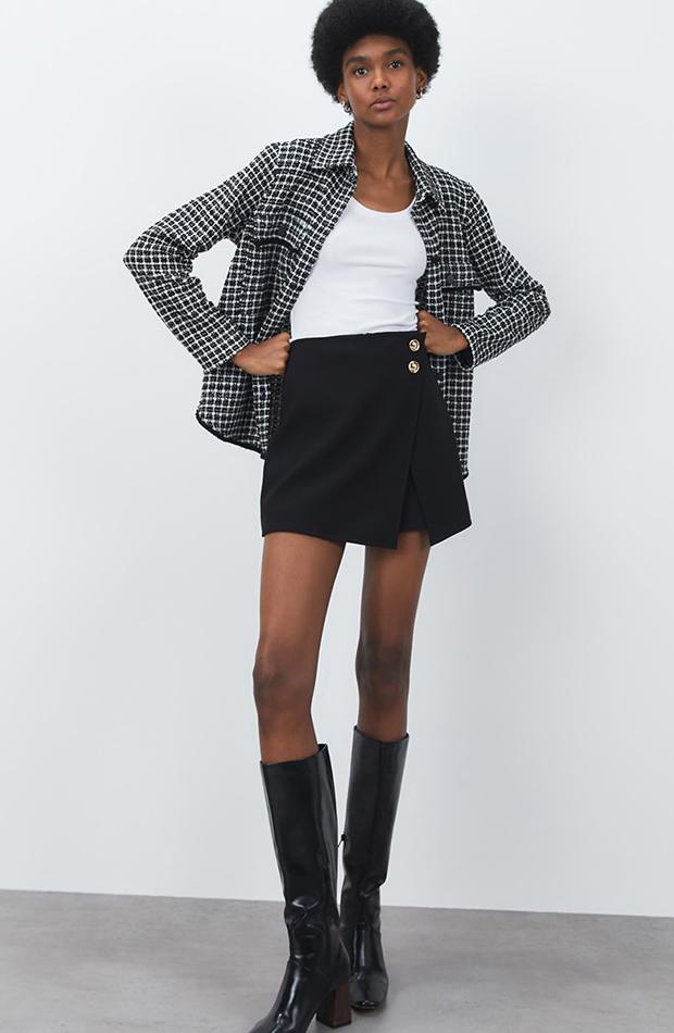 Mini falda negra de Sfera