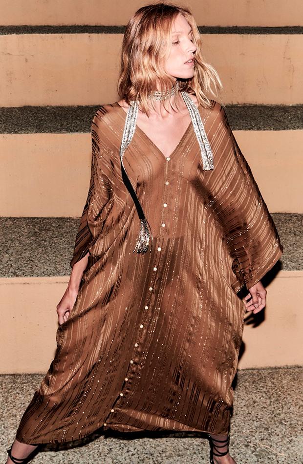 ropa metalizada Vestido túnica de Zara brillos