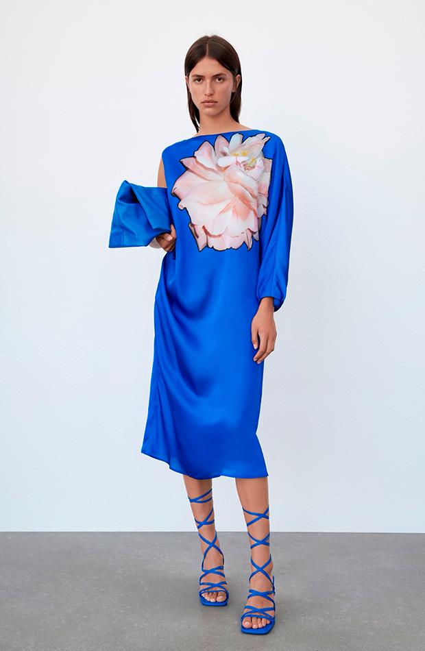 invitadas de septiembre Vestido asimétrico de Zara