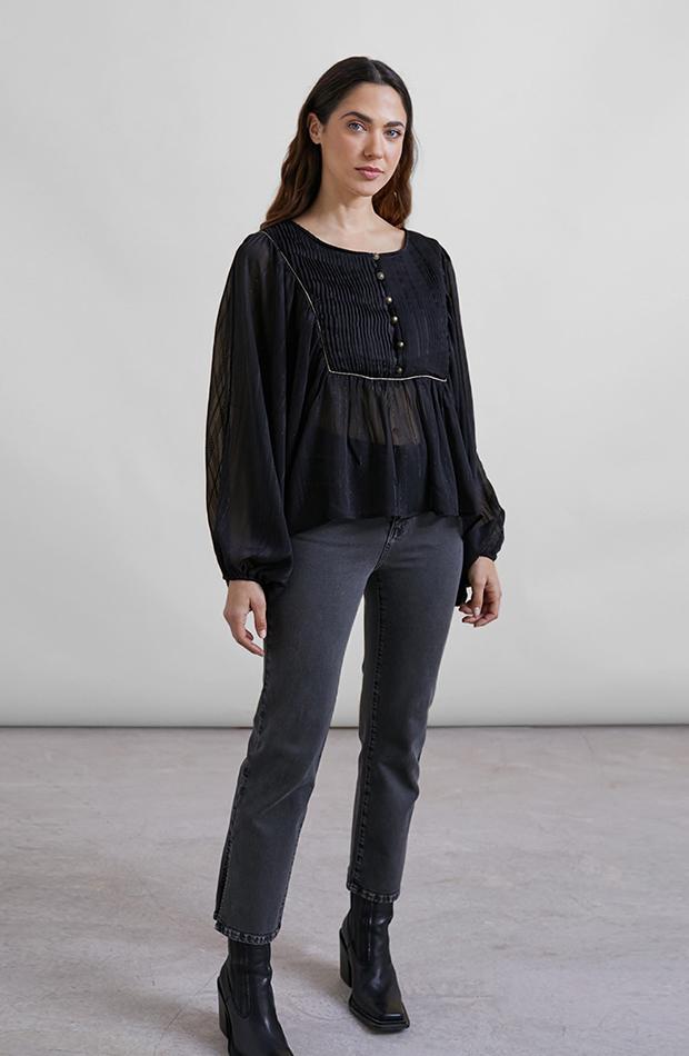 color negro blusa