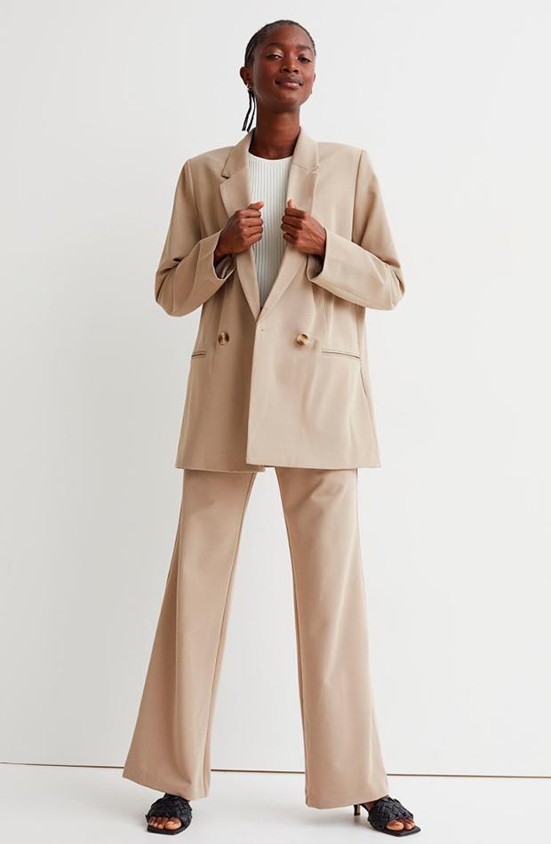 Traje beige novedades de H&M otoño
