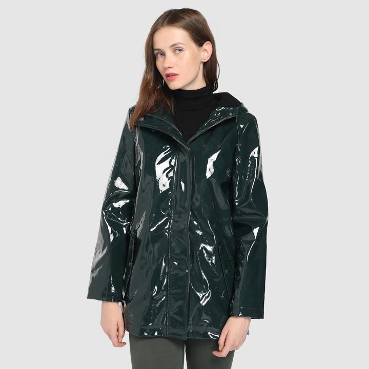 Chubasquero con capucha y borrego de Easy Wear: prendas borreguito